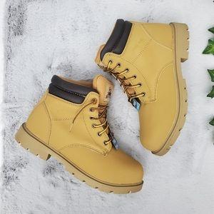 🆕️ 10 Women Brahma Steel Toe Caraway Boots